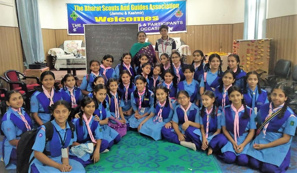 Girl Guide Pratham Course